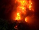 Hơn 300 chiến sĩ dập đám cháy cực lớn trên diện tích 12.000 m2
