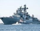 Chiến hạm săn ngầm Nga lộ diện trước mắt thường