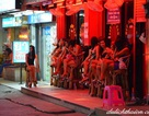 Công nghiệp tình dục Thái Lan: Từ lạc thú đến khổ đau