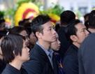 Đồng nghiệp, nghệ sĩ tới tiễn biệt nhạc sĩ Lương Minh