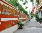 Khu phố Hà Nội tự góp tiền làm đường tranh gốm tuyệt đẹp