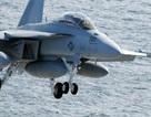 Chiến đấu cơ Mỹ gặp sự cố khi hạ cánh trên tàu sân bay ở Biển Đông