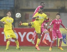 Trận derby Hà Nội T&T và Hà Nội bất phân thắng bại