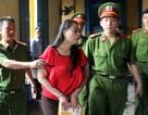"""""""Sửng sốt"""" với diện mạo của hoa hậu Quý bà Tuyết Nga trước tòa"""