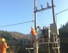 Cấp điện tới những hộ dân cuối cùng chưa có điện ở 4 huyện của tỉnh Sơn La