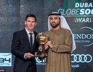Lionel Messi nhận danh hiệu Cầu thủ xuất sắc nhất 2015