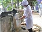 """Viện Sức khỏe nghề nghiệp và Môi trường kiểm tra máy lọc nước Karofi đem tặng """"làng ung thư"""""""