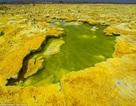 """""""Cánh đồng vàng"""" núi lửa đẹp như mơ ở Ethiopia"""