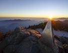 Ngắm đỉnh Phan Si Păng huyền ảo trong mùa đẹp nhất năm
