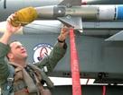 Iraq mua vũ khí Mỹ, khen vũ khí Nga