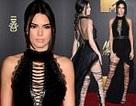 Váy xẻ cao ấn tượng của Kendall Jenner