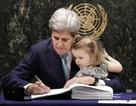 Ngoại trưởng Mỹ đưa cháu ngoại tới sự kiện ký kết tại Liên hợp quốc