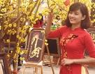 Thiếu nữ Sài thành đổ xô chụp ảnh tết bên hoa mai