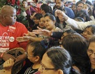 Người Mỹ đổ xô mua sắm dịp Black Friday