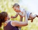 Có được cử lao động nữ đang nuôi con dưới 12 tháng tuổi đi công tác xa