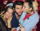 Giáng sinh hạnh phúc của Miley Cyrus bên bạn trai