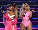 Hai ca sỹ Mỹ bốc lửa trên sân khấu VMA