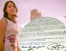 Cô gái Việt bất ngờ được Tổng thống Obama ký tặng vào… bản nháp phát biểu