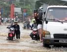 Một trận mưa,phố đã thành sông: dân Hà Nội nghĩ gì ?