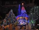 Đèn trang trí Noel rò điện, 2 vợ chồng tử vong