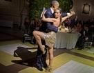 Tổng thống Obama biểu diễn tango cùng nữ vũ công nóng bỏng của Argentina