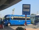 Xe buýt trá hình hoạt động rầm rộ trong sân bay Cát Bi