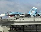 Máy bay Nga luyện tập trên tàu Kuznetsov để chuẩn bị tham chiến tại Syria