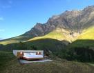 """Khách sạn """"ngàn sao"""" ở Thụy Sĩ: đắt đắng mà vẫn hút khách"""