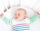 Bố mẹ ngủ mệt thường không biết để chăm sóc giấc ngủ cho con