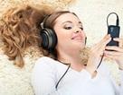 Sử dụng điện thoại trước khi đi ngủ ảnh hưởng tới giấc ngủ