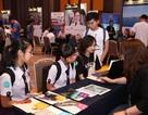 Các bạn trẻ hào hứng khám phá triển lãm giáo dục NEW ZEALAND 2016