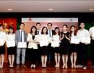 53 sinh viên nghèo xuất sắc nhận học bổng tài năng