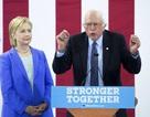 Ông Sanders đòi máy bay riêng để ủng hộ bà Clinton