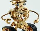 Ngắm chiếc đồng hồ robot để bàn gần 400 triệu đồng