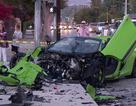 Siêu xe McLaren tan nát sau tai nạn