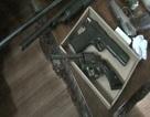 """""""Kho"""" hàng nóng trong nhà kẻ dùng súng đe dọa vợ"""