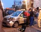 Vụ 2 bà cháu bị taxi tông: Gia đình xin đưa cháu bé về nhà