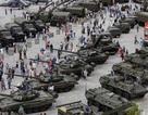 """Nga sắp """"khoe"""" 7.000 khí tài quân sự"""