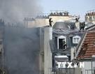 Nổ khí gas tại tòa nhà chung cư giữa trung tâm Paris