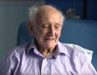 Bệnh nhân cao tuổi nhất thế giới chiến thắng ung thư