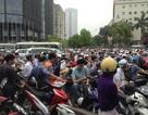 Hà Nội: Ùn tắc kinh hoàng, xe chết máy la liệt