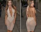 Người đẹp Anh diện váy hớ hênh ra phố