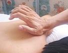 Xoa bóp chữa đau vai gáy do tư thế