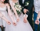 """Đám cưới """"trong mơ"""" với 300 khách cùng """"xăm"""" biểu tượng hạnh phúc"""