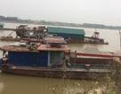 """Tàu cuốc """"ăn cát"""" trên sông Hồng, người dân kêu cứu vì sạt lở!"""