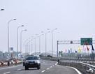 Lắp dải phân cách cho xe máy lưu thông trên đường dẫn cao tốc