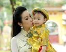 Trịnh Kim Chi duyên dáng đi lễ chùa đầu năm cùng con gái