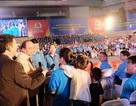 Thủ tướng Nguyễn Xuân Phúc gặp gỡ 2.000 công nhân miềnTrung
