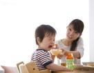 """Táo bón lâu ngày: """"Thủ phạm"""" gây nên chứng biếng ăn ở trẻ nhỏ"""