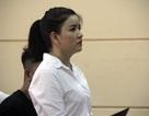 Nghệ sĩ Ngọc Trinh khóc nức nở tại tòa